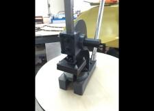 効率よく穴あけ加工を行うための専用のジグの製作事例