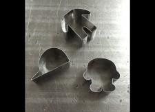 複雑な形状のクッキー用の抜き型